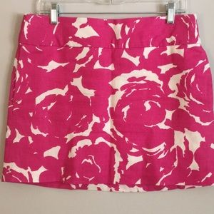 Fuchsia and white skirt. Perfect for spring!